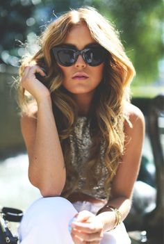 Ray Ban Wayfarer Cheap RayBan Wayfarer Sunglasses Outlet Sale From Discount RB Glasses Online. Summer Outfits, Casual Outfits, Fashion Outfits, Fashion Tips, Fashion Trends, Fashion 2014, Fashion Inspiration, Winter Fashion, New Ray Ban Sunglasses