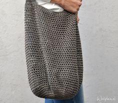 Tas - gratis haakpatroon op wolplein - free crochet pattern for shopper, written… Knit Or Crochet, Free Crochet, How To Start Knitting, Crochet Purses, Lana, Crochet Projects, Crochet Patterns, Knitting Patterns, Textiles