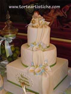 Risultati immagini per torta prima comunione thun