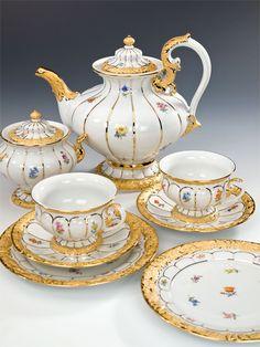 """Tee-Set, Form """"B-Form"""", Gestreute Blümchen, bunt, Goldbronze, leicht"""