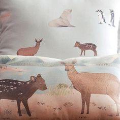 Se viene un bondi lleno de almohadoncitos Bambis Sur. Ilus: @vvale.montero Foto: @natizaid y cada vez #masamoranimal