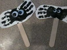 Preschool Halloween Art - Handprint Spiders