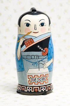 マトリョミン・平賀源内 / Hiraga Gennai musical toy Matryomin (mix of Russian Matryoshka + Theremin / Termenvox). Hiraga Gennai was an Edo period Japanese pharmacologist, student of Rangaku, physician, author, painter and inventor who is well known for his Erekiteru (electrostatic generator) - shown in his hands here.