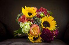 http://www.diybride.com/wp-content/uploads/2013/07/fall-bouquet-ideas.jpg-Copy.jpg