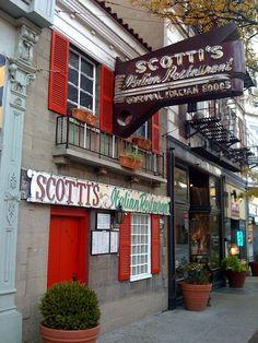Scotti's Italian Restaurant, Downtown Cincinnati, Shrimp fra diavolo,  Mui bueno!  RED SAUCE EVERYWHERE by chrisdamon, via Flickr