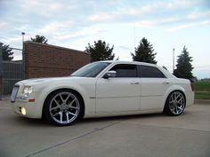 Vanilla 300C on Viper wheels!