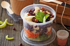 http://zena.sme.sk/c/7694339/vrstveny-salat-s-karfiolom.html