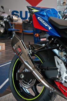 Suzuki GSR750 Moto GP - Création Olby Motos