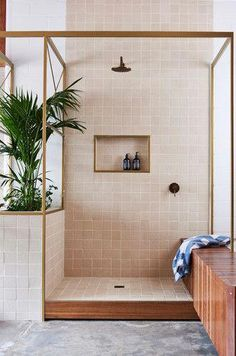 Bathroom Shower Tile Ideas and Inspiration Best Bathroom Designs, Bathroom Interior Design, Home Interior, Decor Interior Design, Interior Decorating, Bathroom Ideas, Bathroom Remodeling, Remodel Bathroom, Bathroom Inspo