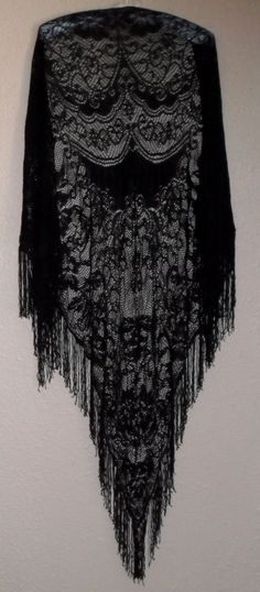 Beautiful gypsy Bohemian shawl...I had one of these