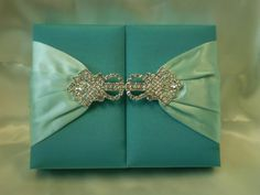 Elegant Wedding Invitations With Crystals | Marriage Ceremonies Invitations  With Crystal Brooch | Trendy Mods.