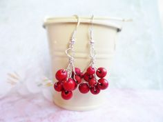 Silver rowan berry earrings, wire jewelry, nature inspired, fall / autumn jewellery, red berries by SelmaDreams on Etsy
