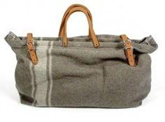 Reciclare coperte militari per farne borse