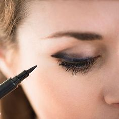 Mistake: Forgetting to smudge http://www.prevention.com/beauty/eyeliner-mistakes/forgetting-to-smudge