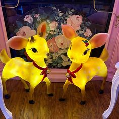 Christmas Chair, You And I, Barrel, Deer, Retro Vintage, Pikachu, Canning, Cute, Fictional Characters