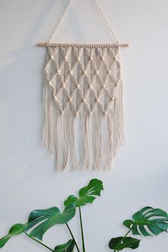 Arrow Pattern Macrame Woven Wall Hanging - Gypsy BOHO Chic Bohemian Hippie Aztec Tribal Wall Art Decor - Living Room Bedroom Nursery Decoration - Apartment Studio Dorm Room Wall Decor, Conscious Clever Tips: Floating Shelves Books Window floating Macrame Wall Hanging Diy, Macrame Art, Macrame Projects, Macrame Knots, Macrame Modern, Macrame Curtain, Hanging Tapestry, How To Macrame, Macrame Mirror