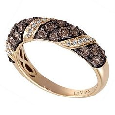The Le Vian name has been associated with the world's finest jewellery since the 15th century and is now worn by Hollywood celebrities and the glitterati. A delectable Le Vian 14ct Strawberry Gold 1.12 ct diamond twist ring. Matching item 3808777.