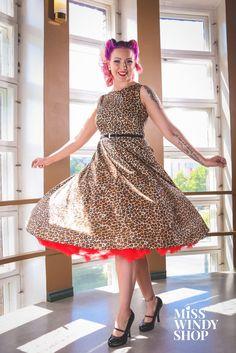 Twirlin' (c) misswindyshop.com   #twirl #dress #leopardprint #circle #vintage #fifties #inspired #petticoat #victoryrolls #mermaidhair #pinup #everydayisadressday #dressrevolution #mekkovallankumous