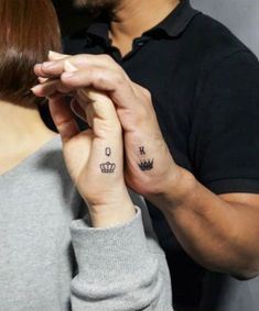 35 Romantic Matching Tattoo Ideas for Couples Page 25 of 35 Kornelia Beauty is part of Crown tattoo - There are plenty of trends that couples express their love to the world how much they love their partner, such as couple shirts, couple bracelets,… Crown Tattoo On Wrist, Queen Crown Tattoo, Small Crown Tattoo, King Queen Tattoo, Crown Tattoo Design, King Tattoos, New Tattoos, Cute Tattoos On Wrist, Heart Tattoos