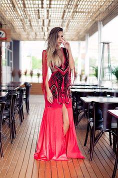 vestidos longos - vestido longo vermelho com franjas