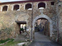 Il collegamento tra la Chiesa di San Giorgio e la Canonica