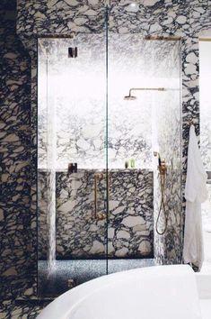 43 Beautiful Black Marble Bathroom Design To Looks Classy - Home Design Fall Home Decor, Autumn Home, Cheap Home Decor, Dream Bathrooms, Amazing Bathrooms, Carrara, Victorian Bathroom Mirrors, Black Marble Bathroom, Small Bathroom