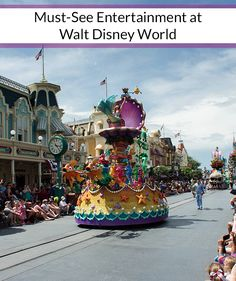 Must-See Entertainment at Walt Disney World! A list of my 10 favorite shows/fireworks/parades plus bonus shows that you shouldn't miss while on your Disney vacation.