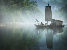 Yishan Island Voyage, 2010 © Isaac Julien/Ron Mandos