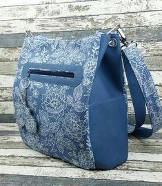 Makerist - Beuteltasche Lissy von Zaubernahnna - Nähprojekte - 3 Clay Wall Art, Easy Sewing Patterns, Denim Bag, Purses And Bags, Women's Bags, Messenger Bag, Leather Bag, Satchel, Handbags
