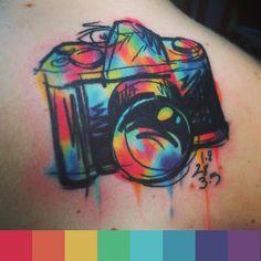 Tattoo by Cavan Infante / @Tintas Coral cria paleta de cores para #tattoofriday de aquarelas no Follow the Colours.