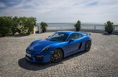 The Porsche Cayman as first introduced in 2006 with the model being announced in and produced in The car is a available as a coupe. Check Out This Amazing Porsche Cayman Video 2015 Porsche Cayman, Porsche Gt, Cayman Gt4, First Drive, Hot Cars, Exotic Cars, Hd Wallpaper, Super Cars, Volkswagen