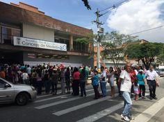 Institución educativa Concejo de Medellín. #Elecciones2015 #bitacoraEAFIT
