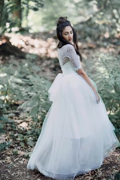Profile view of Berthe and Adele with our tulle bow belt