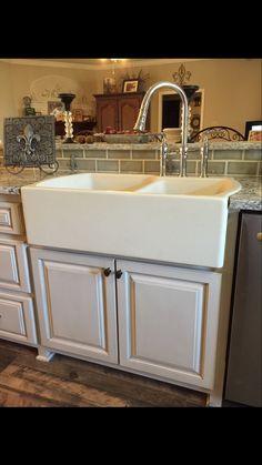 Beautiful Apron Sink.