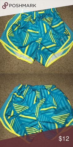 Patterned Nike Shorts Size XS Nike shorts! They have only been washed on cold and never dried in the drier! Great condition. I just don't wear them anymore :( Nike Shorts