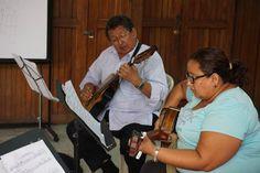 Segundo ensayo general con los músicos de la Misa.