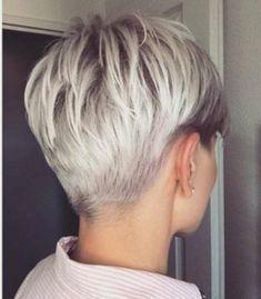 Short Punk Hair, Short Grey Hair, Very Short Hair, Short Hair Cuts, Pixie Cuts, Long Hair, Curly Bob Hairstyles, Trending Hairstyles, Short Hairstyles For Women