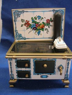 DOLLHOUSE MINIATURE FLOWER TILE TIN STOVE