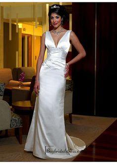 Beautiful Elegant Stretch Satin Sheath Satin Wedding Dress In Great Handwork