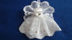 Shelly Angel White lace dress and wings, Christmas tree, wall decoration, Christmas Tree With Gifts, Christmas Ornaments To Make, Angel Ornaments, Christmas Items, Christmas Angels, Christmas Projects, Handmade Christmas, Satin Ribbon Roses, Angel Decor