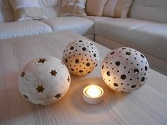 svícen - koule Tea Light Holder, Tea Lights, Concrete, Candle Holders, Projects To Try, Clay, Candles, Pattern, Home