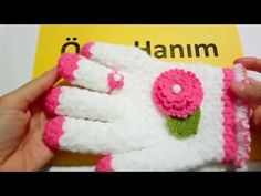 Mahi Karpinar shared a video Crochet Gloves, Knit Crochet, Crochet Accessories, Crochet Projects, Diy And Crafts, Projects To Try, Slippers, Beanie, Knitting