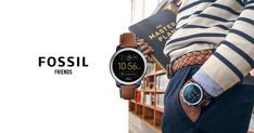 Fossil updated their app! The texting functionality on their Hybrid smartwatches is now compatible with all users! You'll never have to leave a text on read again! #FossilStyle #FossilPromo