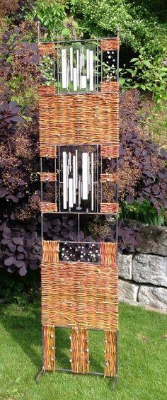 c… – Kassie Stone – weberei Branches, Willow Weaving, Privacy Walls, Plant Art, Outdoor Art, Natural Materials, Garden Art, Sculpture Art, Find Objects