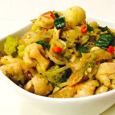 #DIY Sprossengericht mit Hühnchenbrustgeschnetzeltem #chicken #chicken #chinese #cooking #chinesefood #kochen #kitchen #kochblog #kochideen #Kochrezepte #F4F #food #fresh #fleisch #foodblog #foodporn #s4s #Schweiz #schlemmern #selfmade Food Porn, Pasta Salad, Shrimp, Chinese, Meat, Ethnic Recipes, Switzerland, Easy Meals, Cooking Recipes