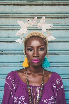 Looks incríveis para o Carnaval 2019 - Rio Model Management Retro Photography, Hipster Grunge, Boho Life, Afro Punk, Carnival Costumes, Costume Makeup, Floral Crown, Headdress, Festival Fashion