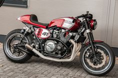 Racing Cafè: Yamaha XJR 1300 Yard Built 2015 by Yamaha Klein