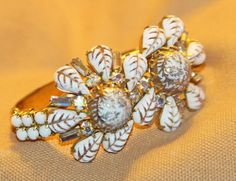 RARE & WONDERFUL CHUNKY FLORAL  VINTAGE HOBE CLAMP BRACELET  #HOBE #CLAMP