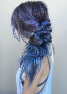 Blue Grey Hair Color Ideas 2018 The most beautiful hair ideas, the most trend hairstyles on this pag Unique Hairstyles, Messy Hairstyles, Pretty Hairstyles, Hairstyles 2018, Hairstyle Ideas, Wedding Hairstyles, Hairstyle Braid, Creative Hairstyles, Unicorn Hairstyle