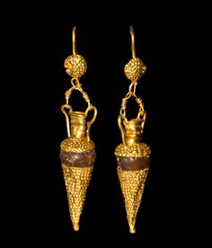 Hellenistic Gold and Carnelian Amphora Earrings, 5th-3rd Century BC